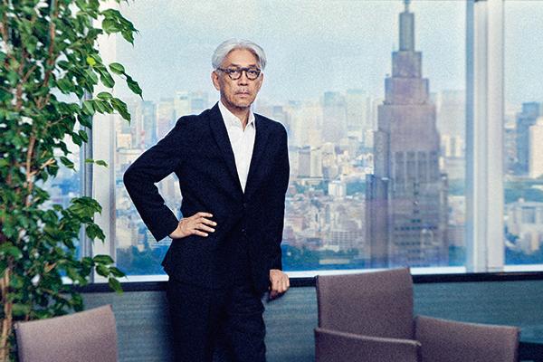 "INTERVIEW WITH RYUICHI SAKAMOTO【前編】<br />ライフスタイルの""ライフ""という意味ががらりと変わってしまった"