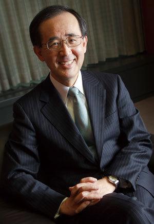 日本銀行総裁 白川方明 独占インタビュー<br />政府、民間、日本銀行に求められる<br />日本経済の根源的問題解決の「意思」