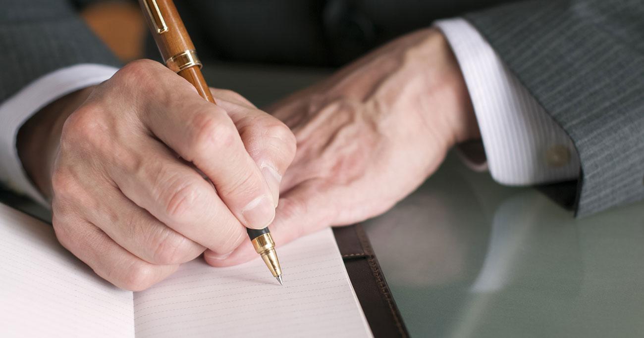 なぜ「手書き」の方が思考は整理され、前進するのか?