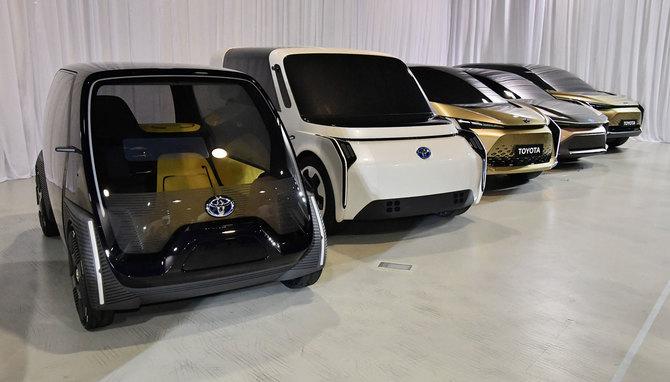 6月7日の記者会見で展示された小型電気自動車のモックアップ