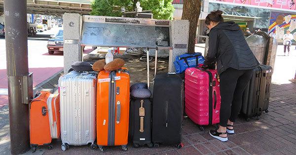 96223a512091 民泊新法に伴い、日本での民泊ビジネスは大混乱に陥った。浮かび上がってくるのは、民泊仲介サイトではなく政治家と役人の責任だ(写真はイメージです)  Photo:DOL