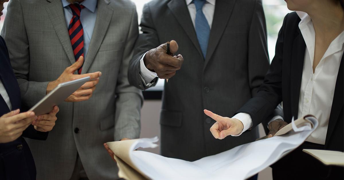 """社内に自社の批判や反証""""だけ""""するチームを作る効用"""