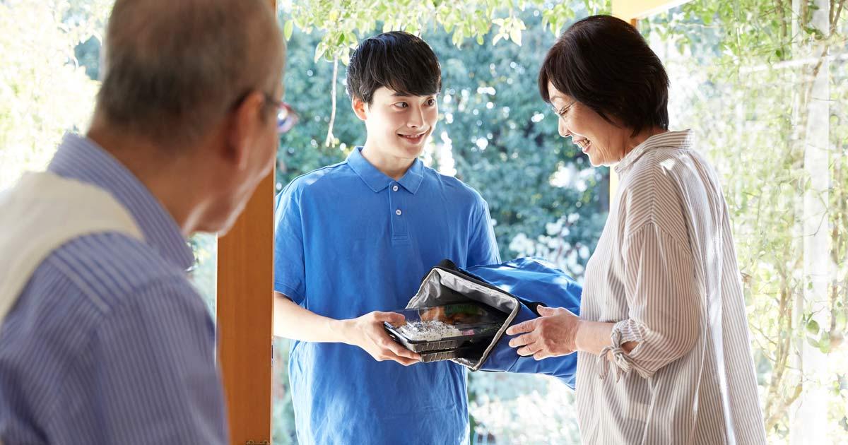 今年は消費が日本経済を救う!「元年効果」「宅配ブーム」の威力とは