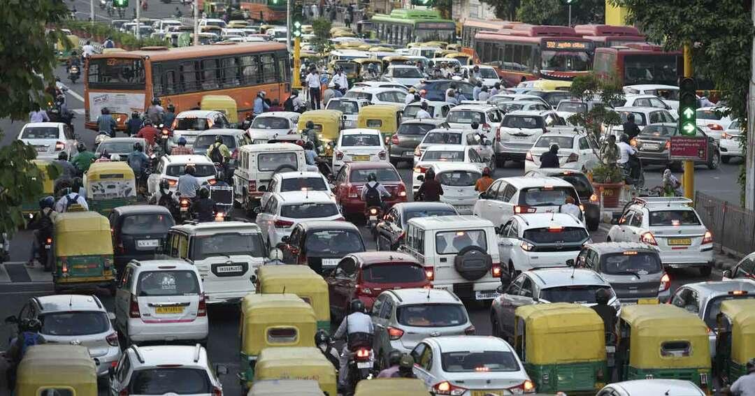 インド・ニューデリーの大渋滞