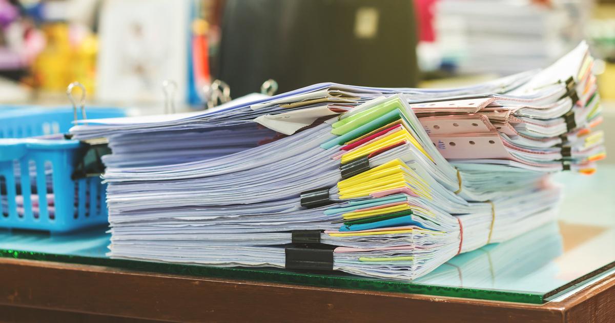 「会議資料を減らすと、会社が儲かる!」多すぎる資料の弊害とは?