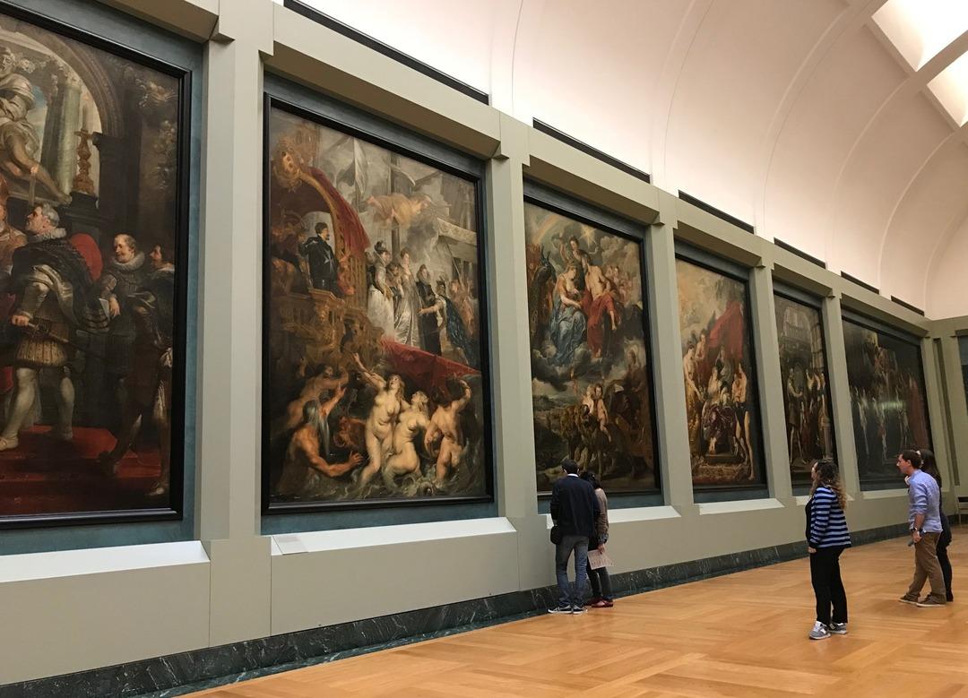【名画の読み方】ルーベンスの傑作!ルーヴル美術館の「マリー・ド・メディシスの生涯」は何がすごいのか?<br />