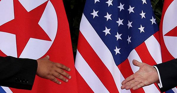 東アジアの安定化に扉を開くと期待された米朝の歴史的な首脳会談