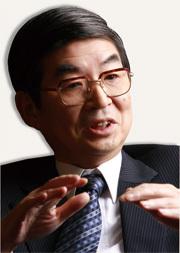 全国銀行協会会長(三菱東京UFJ銀行頭取) 永易克典