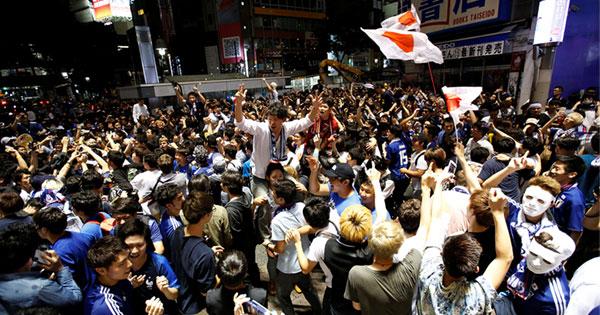 セネガル戦の後、渋谷に集まった人たち