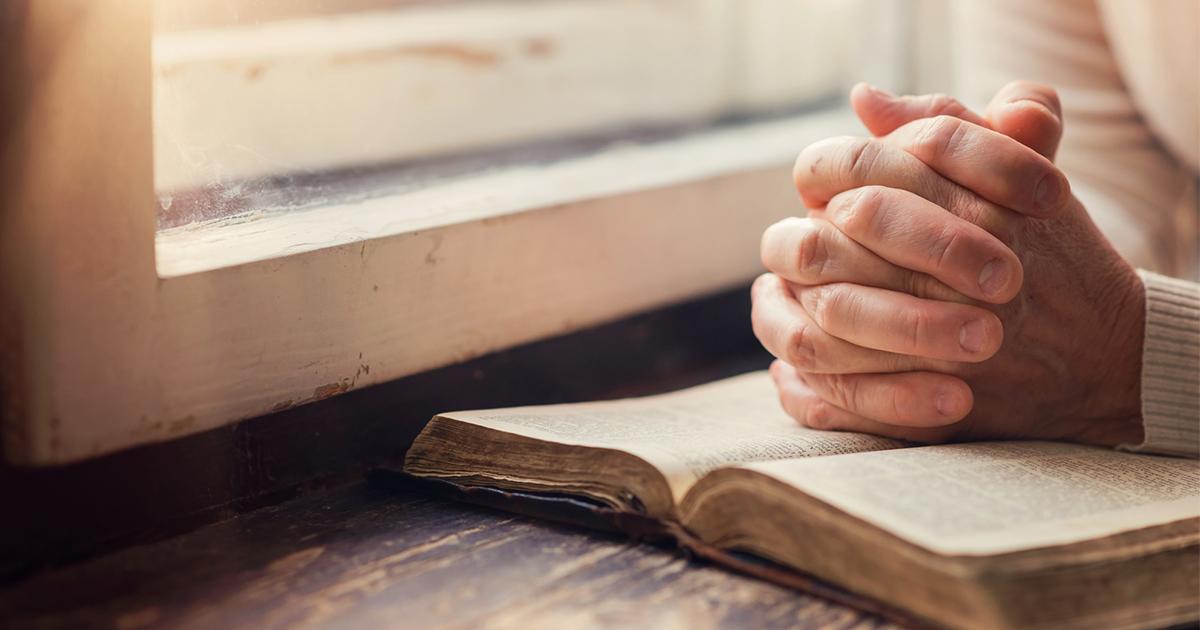 宗教を信じる人は非理性的なのか