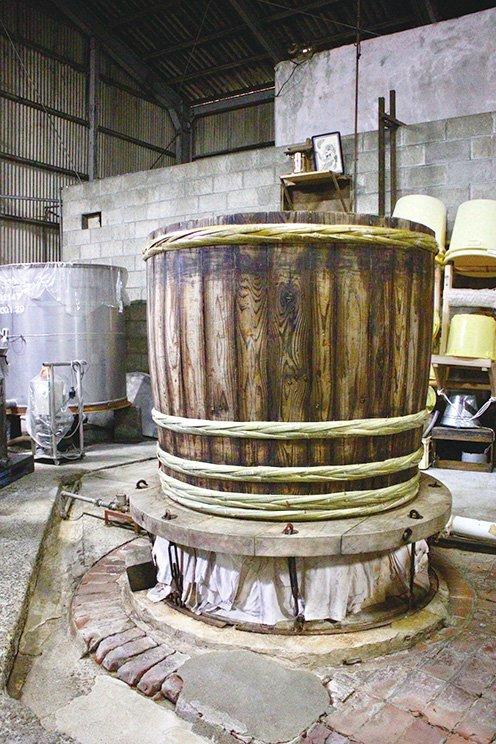 甑は木桶を福岡・八女の木工製作所で改造