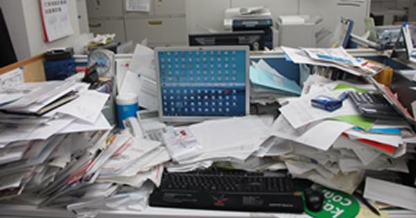 なぜ机の上に「書類の山」ができるのか すぐに使う資料が見つかる簡単ファイリング術