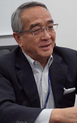 ジャパンディスプレイ会長兼CEO 本間 充 <br />日本の液晶産業強化を見据えシャープとの統合は拒まない