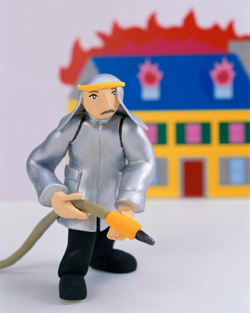 英語で消防士は、直訳すると「火と戦う人」?