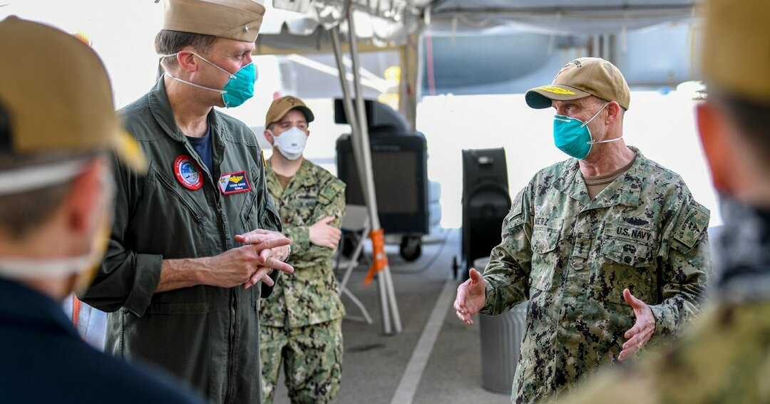 """米空母""""コロナ艦内感染""""で露呈、日本の水際対策を阻む「聖域」"""