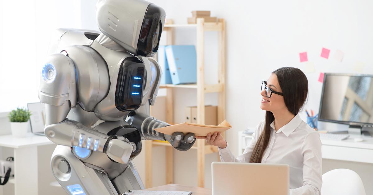 仕事を機械に奪われる時代は「愛とアナログ力」で生き抜け