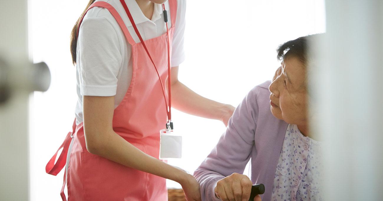 介護士不足を解消したければ「やりがい搾取」を今すぐやめよ
