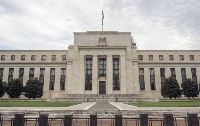 なぜ米FRBは不要不急の利下げで自滅したのか