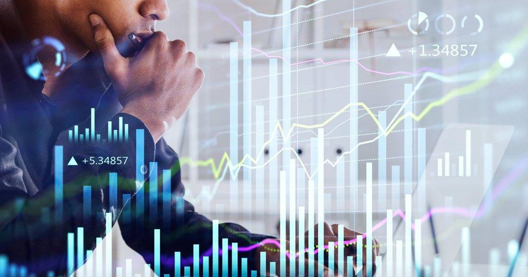 初心者の方にもおすすめできる<br />堅実でローリスクの<br />株式投資の方法とは?